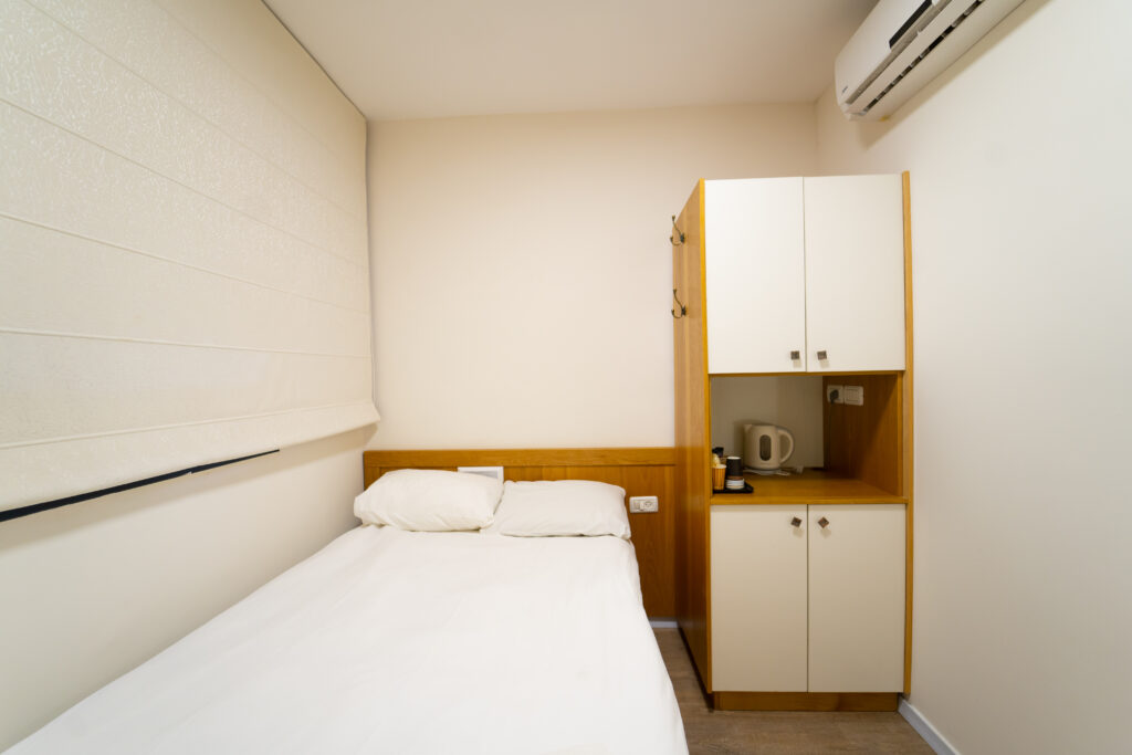 חדר יחיד